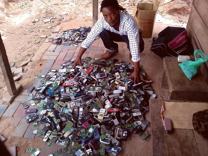 Een Tweede Leven Voor Mobieltjes Dankzij Recycling