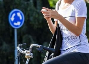 WhatsApp op de fiets